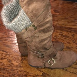 Bongo Faux Suede Brown Boots with Knit Cuff